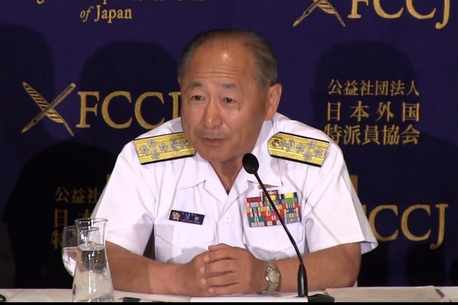 河野克俊統合幕僚長は、自衛隊の根拠規定が憲法に設けられることについて「非常にありがたい」と述べた(写真は日本外国特派員協会の中継動画より)