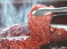 100歳長寿者はみんな肉をモリモリ ダイエットに認知症予防に驚異の力