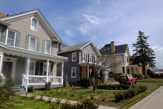 スタテン島南岸地域の住宅地。住んでいるのは白人が多い
