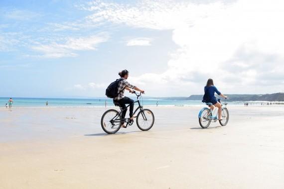 サイクリングデート(画像はイメージ)