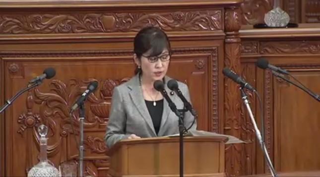 稲田朋美防衛相は国会答弁でも「炎上」が相次いだ(写真は衆院インターネット中継より)