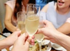 酒を飲めない人の飲み会参加は迷惑? ネットで話題、9割が「来ないで!」