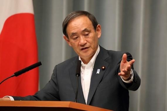 菅義偉官房長官は安倍晋三首相の発言が「きわめて常識的」だと主張した(2017年5月撮影)