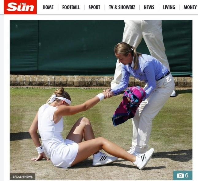 足を取られて転倒したクリスティーナ・ムラデノビッチ(画像は英紙The Sunから)