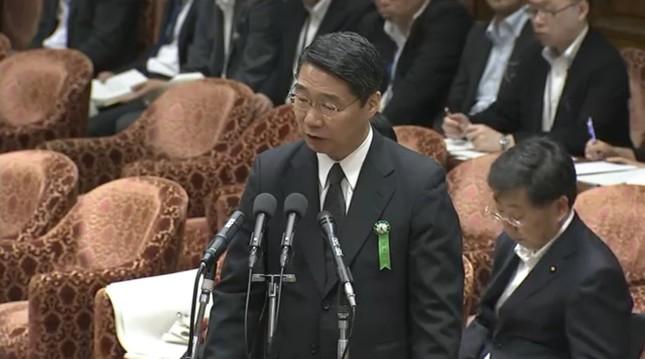 衆院の警戒中審査で答弁する前川喜平・前文部科学事務次官(写真は衆院インターネット中継から)