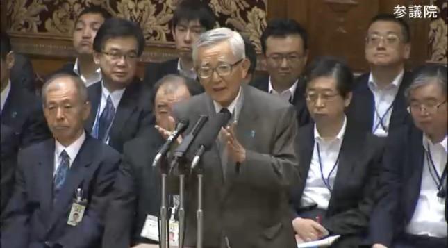 参院予算委員会で持論を述べる加戸守行氏(写真は参院インターネット中継から)