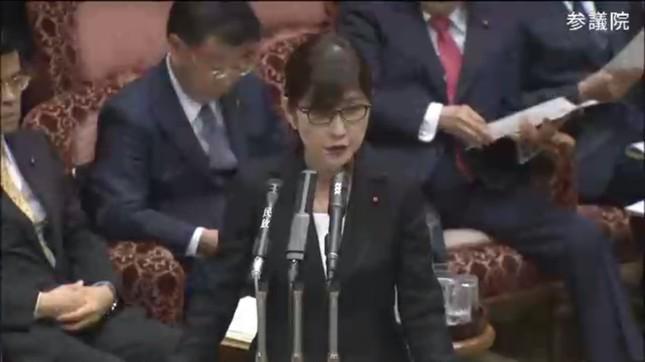 稲田防衛相辞任表明(画像は参院インターネット中継より)