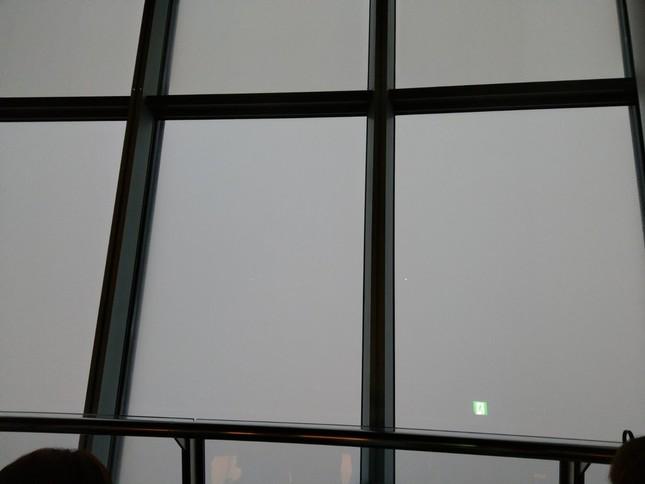 「真っ白で何も見えない」(画像はツイッターより。投稿者の許諾を得て使用しています)
