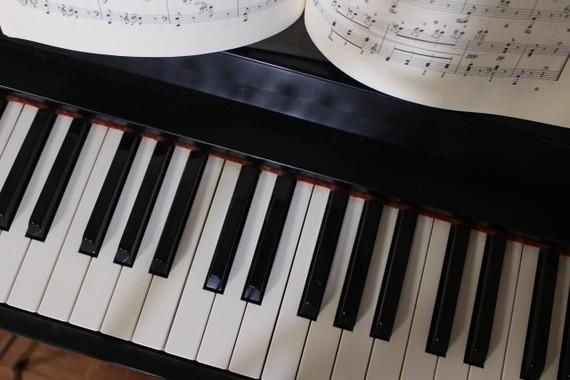 渾身のピアノ演奏の裏には多くの苦労があった