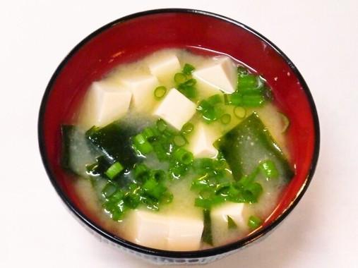 日本人が大好きな味噌汁