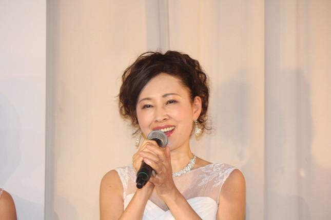 「59歳でこの美しさ」とデヴィ夫人に評価された津村さん