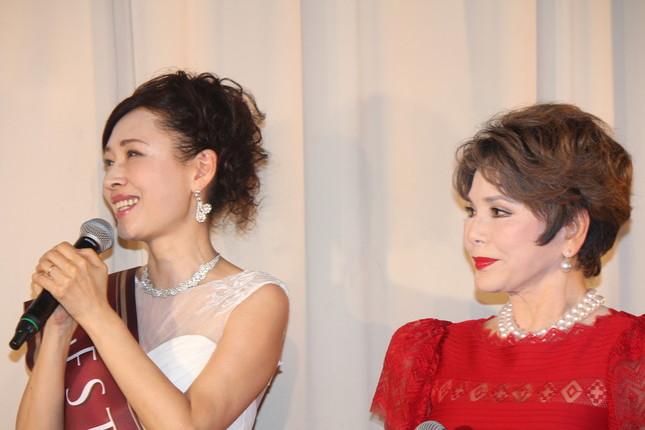 津村さんとデヴィ夫人