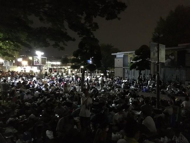 甲子園の「徹夜組」(写真提供:「だーにし!11日選抜!!14勝9敗」(@baseball_kero)さんのツイッター)