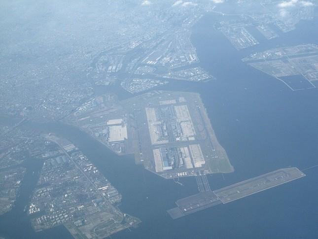 全日空機が緊急着陸した羽田空港(2010年撮影)