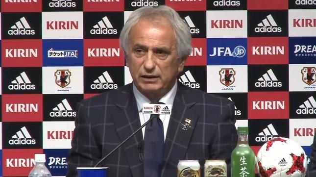 日本代表メンバー発表会見に臨むハリルホジッチ監督(JFA公式サイトの中継動画から)