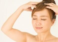 超一流美容師とモデルに学ぶヘアケア シャンプー前の「予洗い」に秘訣が