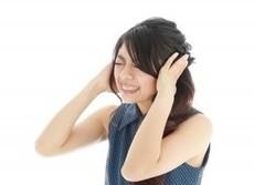 豊田真由子議員が会見中に耳鳴り 「音の違いで病気が分かる」本当か