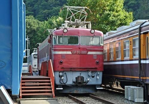 碓氷峠鉄道文化むらに展示されている車両「EF 70 1001」(写真提供:碓氷峠鉄道文化むら)