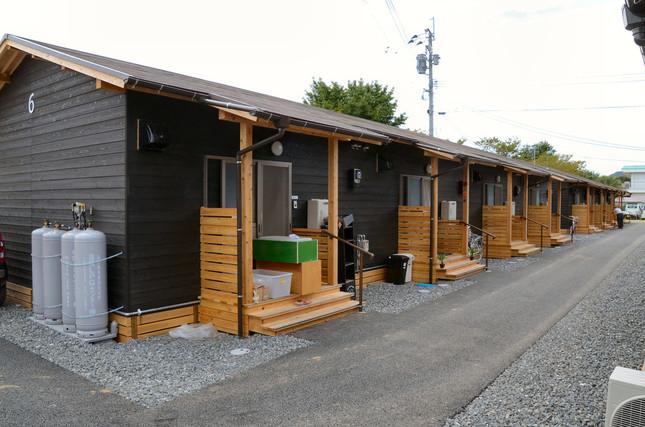 木造の仮設住宅。市では増設を進めている
