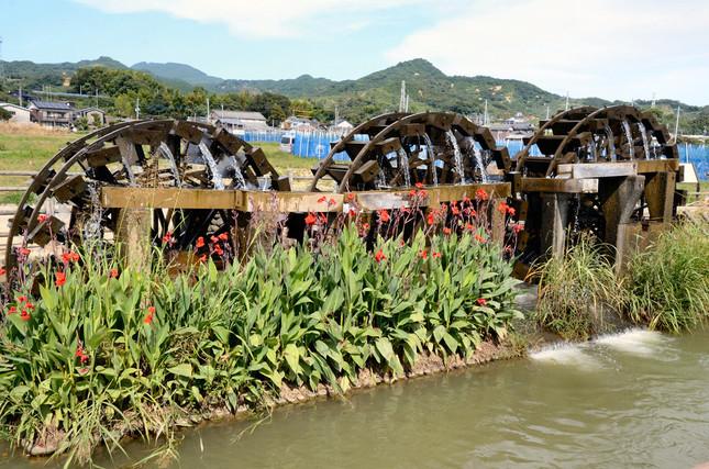 朝倉市のシンボル「三連水車」。土砂と流木の被害を受けたが見事に復活した