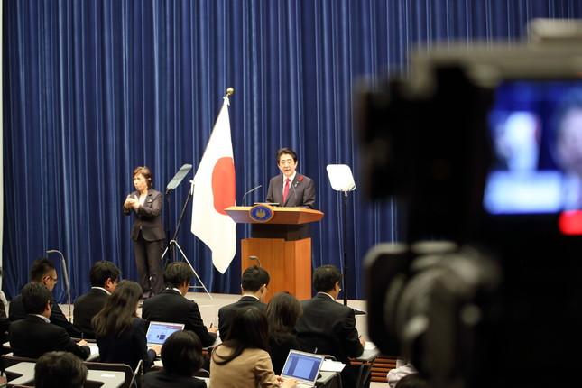 安倍首相、解散決断?(2015年10月撮影)