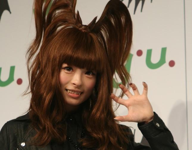 美脚にファンが「興&奮」(2012年9月撮影)