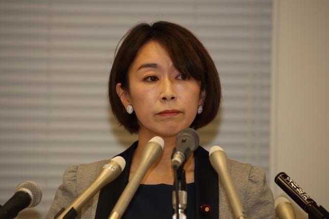 民進党を離党した山尾志桜里衆院議員は無所属で出馬する見通しだ(2016年4月撮影)