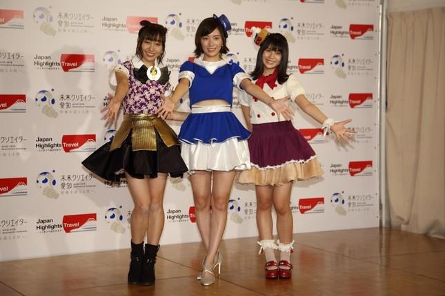 右からSKE48の須田亜香里さん、松井珠理奈さん、小畑優奈さん
