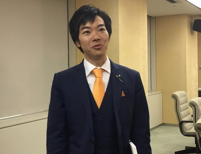 「都民ファーストの会」を離党した音喜多駿都議(写真は2017年10月5日撮影)