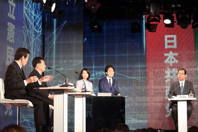 日本のこころ・中野正志代表(左端)と共産党・志位和夫委員長(右端)の応酬が展開された