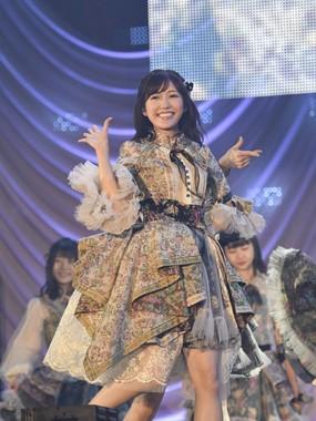 渡辺麻友さんは2017年いっぱいでのAKB48卒業を表明している (c)AKS