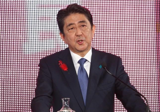 安倍晋三首相(写真は2017年10月7日撮影)