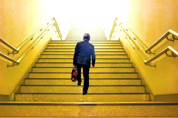 人手不足の解消にシニア世代を(画像はイメージ)