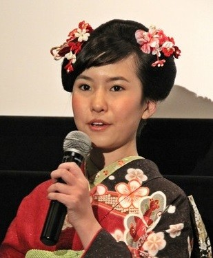 女優でタレントの春名風花さん (2014年4月撮影)
