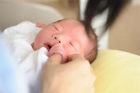 生まれてきた赤ちゃんにママの年は関係ないが…