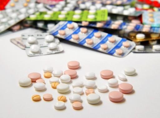 薬を飲んでいるか、錠剤の極小センサーでわかる(写真はイメージです)