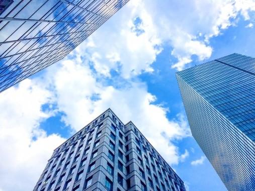 株主総会は紛糾しなかったが、株主の注目は東証上場の維持ができるかにあるようだ