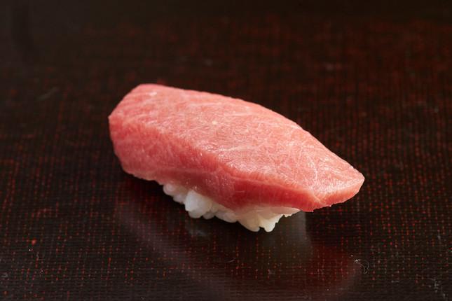 大トロの寿司(写真はイメージ)