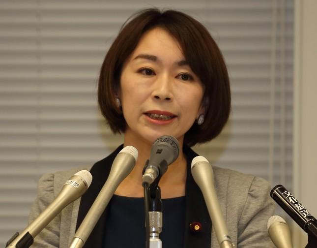 山尾志桜里衆院議員(2016年6月4日撮影)