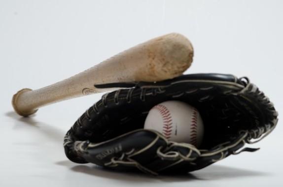 プロ野球の記者投票に疑問の声(画像はイメージ)