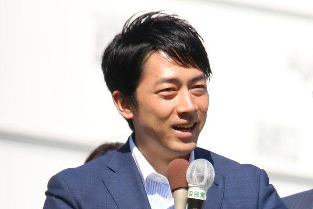 自民党の小泉進次郎・筆頭副幹事長は野党の質問通告の遅さを問題視した(2017年10月撮影)