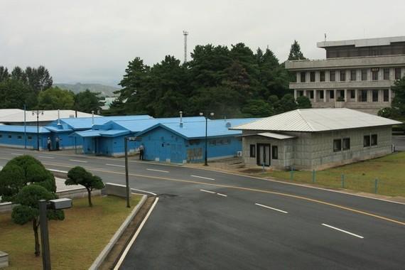 板門店経由で亡命した北朝鮮兵も拡声器放送を聴いていたとみられる(2008年撮影)