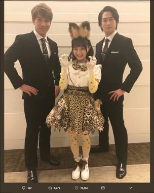 ブリリアンの2人と尾崎由香さんによる「サーバル with B」(画像は尾崎由香さんのツイッターより)