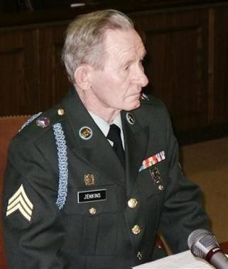 2004年、軍法会議に出廷した際のジェンキンスさん