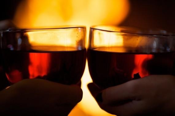 クリスマスはカップルで過ごしたい?(写真はイメージ)