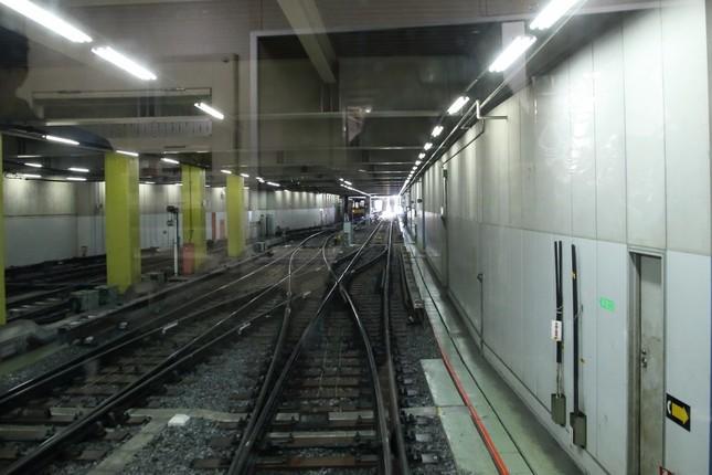 渋谷駅の「引き込み線」からホーム方向を撮影。営業路線では乗客は乗ることはできない