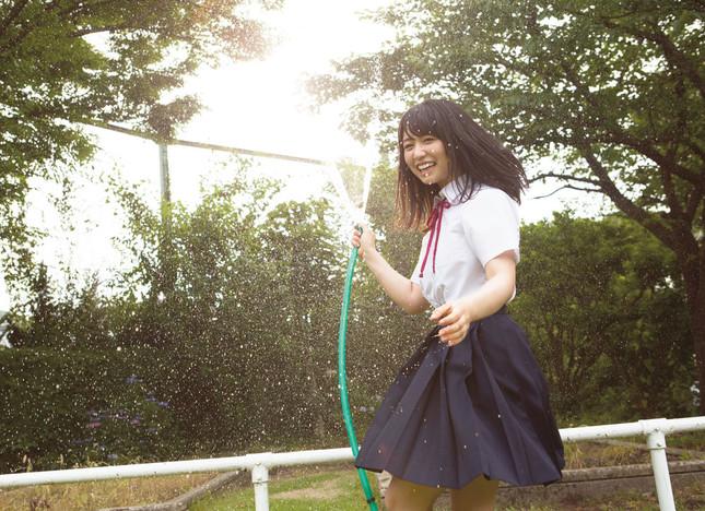 長濱ねる1st写真集『ここから』(講談社) 撮影/細居幸次郎