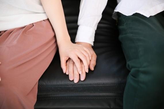 恋人を作れば夫婦円満?(写真はイメージ)