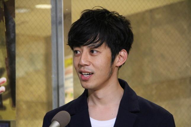 成人式プレゼントを明かしたキングコング・西野亮廣さん(16年10月撮影)