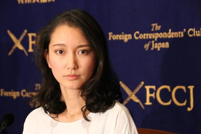 2017年10月、記者会見を行った際の伊藤詩織さん